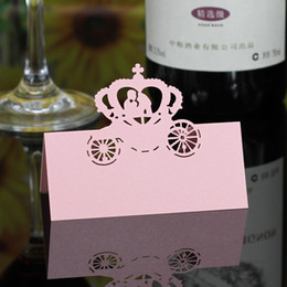 $enCountryForm.capitalKeyWord UK - Laser Cut Place Cards Hollow Paper Name Card With Lovers For Party Wedding Seating Cards Wedding Table Decorations PC2004