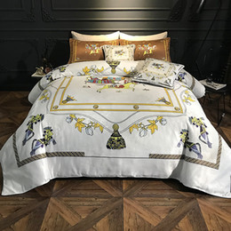 luxury super king beds Canada - Luxury printing 100% Cotton Royal Bedding set Pony print RUIYEE Super King Queen size Bed sheet set Duvet cover Bedding sets
