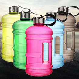 $enCountryForm.capitalKeyWord NZ - 2.2L Large Capacity Water Bottle Sports Gym training water bottle Fitness Training Jug Container for Camping Running Water Bottles HH7-1379