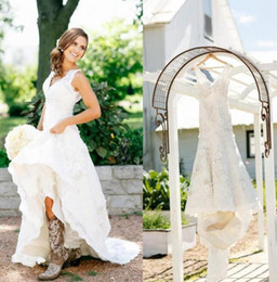 Make Lace Dress NZ - Rustic Cowgirl Boots Lace Wedding Dresses Boho Country Bridal Dresses Applique Wedding Gowns V-Neck Bohemian Wedding Gowns Custom Made 2018