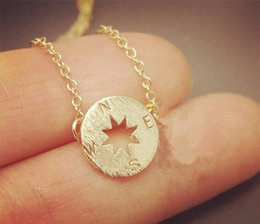 $enCountryForm.capitalKeyWord Canada - 30PCS Gold Silver Tiny Small Compass Bracelets Simple North South Bracelets Coin Disc Circle Disk Direction Bracelets Coin Jewelry