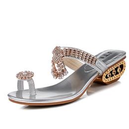 96465100a188d5 2018 Luxus Sommer Frauen Sandalen Strass Flip Flop Damenmode Strand Slipper  Gold Silber Damen Elegante Thong Schuhe