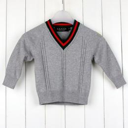 b2c2d53af6455 vêtements enfant printemps et été pour garçons et filles avec un pull à col  en v