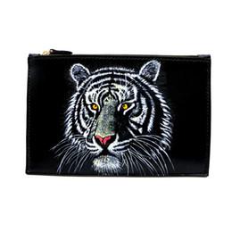 $enCountryForm.capitalKeyWord UK - Handmade Men Vegetable Tanned Leather Bag Clutch Purse Pocket Clutches Man China Carving Tiger Envelope Clutches Envelope H0118