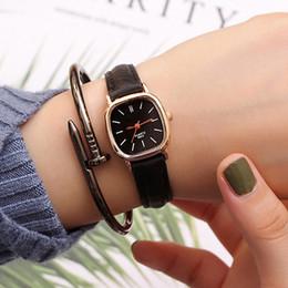 $enCountryForm.capitalKeyWord Australia - Vintage Wrist Watch Women Watches Ladies Small Retro Quartz Wristwatches For Woman Clock Female Hours Hodinky Relog Montre Femme
