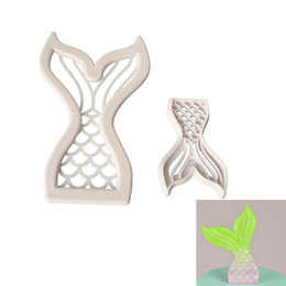 MerMaid cake online shopping - Creative Mermaid Tail Cake Mould Plastic Biscuits Cutter Mold Baking Tools In One Set kl C R