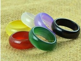 White Rose Models Canada - Natural authentic red agate pull finger green black and white yellow colorful grass chalcedony crystal male female models ring wholesale