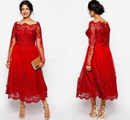 $enCountryForm.capitalKeyWord NZ - Modest Red Lace Plus Size Mother Of The Bride Dresses Sheer Long Sleeves Appliques Tea-Length Scoop Mother Dress Wedding Guest Gowns Cheap