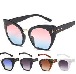 Fashion Women Colour Luxury Flat Top Cat Eye Sunglasses Elegant oculos de  sol men women oversized Sun glasses UV400 sqaure frame 6 colors 1e7bb36414