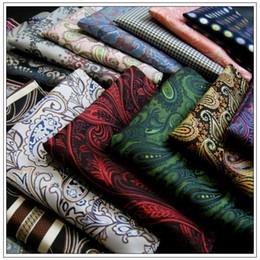 Großhandels-sortierte Mens-Taschen-Quadrat-Taschentücher Hanky Taschentuch-großes Größen-Zusatz-freies Verschiffen-Krawatten-Krawatten