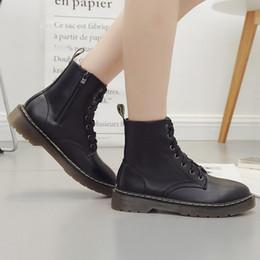 Stivali neri con stivaletti Stivali con punta rotonda Martin Stivali in pelle da donna Retro scarpe calde in Offerta