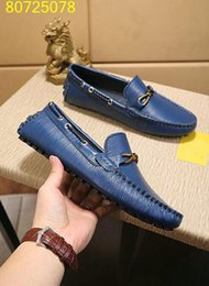 Wholesale New Designer Name Brand Man Casual driving Shoes Flat Kanye Wrinkled Leather Runaway dress Shoes Zapatos Hombre