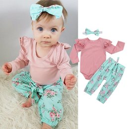 Wholesale Newborn baby girl flower clothing romper pants headband piece set outfit ruffles long sleeve bowknot pink blue clothes boutique