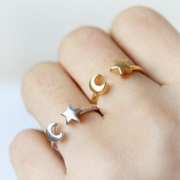 2018 New Korean Fashion Women Rings Adjustable Crescent Moon And Tiny Star Birthday Gifts R161
