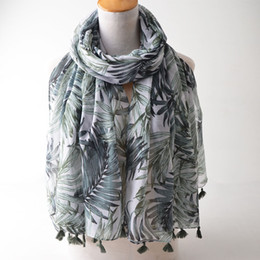 Cotton Viscose Scarves Australia - 2018 New,leaves print scarf,muslim hijab,head scarf,shawls and scarves,wraps shawl,british style,women cape,cotton viscose hijab