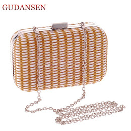 $enCountryForm.capitalKeyWord Canada - GUDANSEN Handmade Straw Weave Handbags Women Day Clutch Hot Evening Bags Dress with Chains Tote Party Bag for Bride Brown HK366