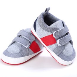 $enCountryForm.capitalKeyWord Australia - Newborn Baby Boys Girls Toddler Shoes Solid Canvas Shoes Infant Kids New Fashion Anti-Slip Patch Hot Sale First Walkers