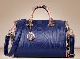 $enCountryForm.capitalKeyWord NZ - New style snake print Boston bag European and American fashion handbag foreign trade women's bag single shoulder oblique straddle bag T249