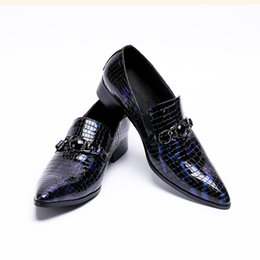 skin leather pointed men shoe NZ - fashion python skin genuine leather oxford shoes ofr men pointed toe dress wedding loafers blue prom brogues