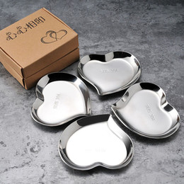 Wholesale Stainless Steel Heart Shape Sauce Dish Dip Plate Flavor Dishes Sushi Tool Romantic Wedding Party Tableware QW7086