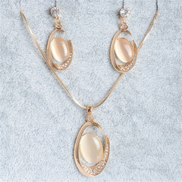 $enCountryForm.capitalKeyWord NZ - Cheap Opal Oval Pendant Necklace Earrings Chain Crystal Stud Earrings Banquet Cat's Eye Stones Jewelry Sets for Girl