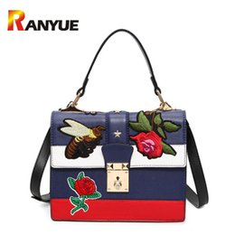 floral crossbody handbags NZ - 2018 Autumn National Vintage Embroidery Shoulder Bag Women Floral Bee Embroidered Handbags Ladies Small Lock Crossbody Bag Sac D18102407
