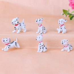 Wholesale Spotted dog Figurine Miniature Decoration mini fairy garden animal statue resin craft Home Car Birthday Cake Decoration