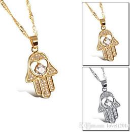 Ingrosso Collane del pendente della mano di Fatima l'oro giallo antico / le donne placcate platino equipaggiano i monili della mano di modo caldo religioso di Hamsa