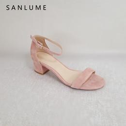 2018 nouvelle arrivée d'été sandales femmes pompes dames en cuir véritable sandale sexy bride à la cheville épais talons peep toe enfant en daim en Solde