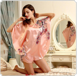 $enCountryForm.capitalKeyWord NZ - Fashion Super large code loose Nightdress Anti real silk Bathrobe Robe Bathrobe Home clothing Sleepwear Soft silk slippery Robe Nightdress
