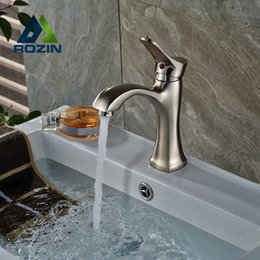 Wholesale Bathroom Vanity Sink Faucet Deck Mount One Handle Mixer Tap with Hot Cold Water