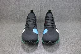 2ff2ab95ef4 Zapatos del mundo de la manera online-Venta al por mayor nuevos hombres  blancos negros