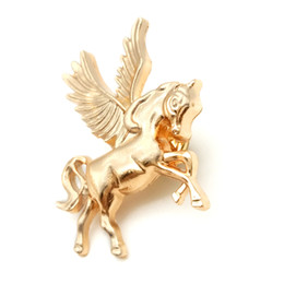 Wholesale 12Pcs Fashion Gold Plated Small Flying Horse Brooches Brooch Stud Accessories Corsage Women Men Clothes Jewelry