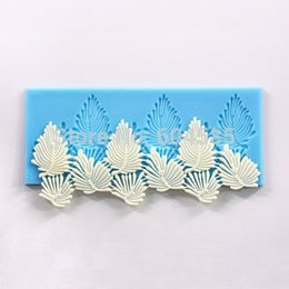 Wholesale Sugarcraft Cake Decoration tool Vivid Leaves Leaf Veining Border Icing Silicone Mold Mould
