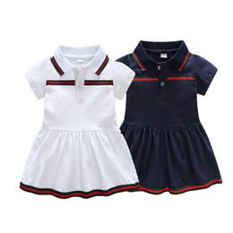 Девочки платье Лето 2018 полосой платье ребенка одевания для партии праздник синий и белый с бантом Детская одежда