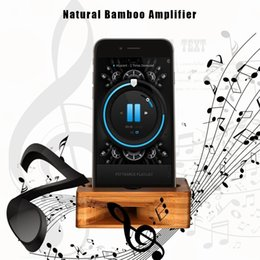 Wholesale Retro Wood Phone Holder For Mobile Cell phone Bracket Bamboo Wooden Universal Phone Stand Loudspeaker Sound Amplifier Charger Station