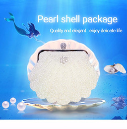 Hollow Fingers Australia - Hot Fashion Hand made Luxury Pearl Clutch bags Women Finger Ring Handbag Purse Diamond Chain white Evening Bags for Party Wedding Bolsa Fem