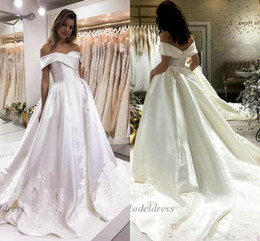 Simple white engagement dreSS online shopping - White Wedding Dresses Satin A Line Off the Shoulder Tops Lace Appliques Sweep Train Elegant Engagement Dresses for Wedding Party