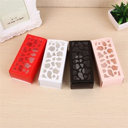 ClassiC birthday Cakes online shopping - Pure Color Hollow Out Packing Box Wedding Favor Gift Cake Biscuit Boxes Classic Macaroon Case Hot Sale jm Ww