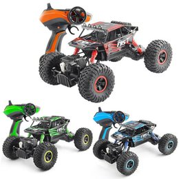 $enCountryForm.capitalKeyWord UK - 1:18 RC Car Electric 4WD Desert SUV 2.4G Rock Rover Off-Road High Speed 40Km h Big Foot Racing Car Toys for Kids Gift