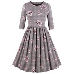 Kenancy Elegant Audrey Hepburn 1960s Women Vintage Dress Plus Size Party  Vestidos Plaid Maple Leaf Print Retro Dress Female Robe 2dbd74a0a366
