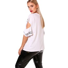 Wholesale plus size cut out tops online – O Neck Plus Size New Fashion Cut Out Women Summer T Shirts Letter Printed O Neck Short Sleeve Casual Lady Tops Female Polyester