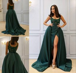 robes pageant NZ - Modest Scoop Hunter Evening Dresses Beads Satin Sleeveless Applique Ball 2018 Formal Long Party Prom Dresses Pageant Gown Robe De Soiree