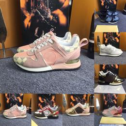 b4ec3db65 2018 NUEVA marca de lujo de cuero zapatos casuales zapatillas de diseño de  los hombres zapatos de mujer zapatos de cuero genuino (caja original +  polvo ...