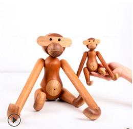 Chinese  Modern Wooden Monkey Home Decoration Danish Design Wooden Craft Crative Children Birthday Gift Teak Puppet Handicraft Engraving Tableware manufacturers