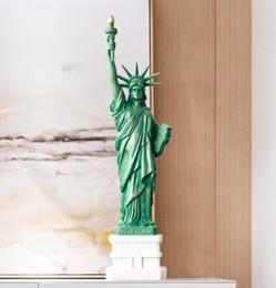 Estátua da liberdade resina artesanato de arte de decoração para casa decoração da mesa de escritório para lembranças de viagem de presente de Natal em Promoção