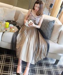 97a8423707 Modelo Foto Flor Vestido bordado de encaje Chaleco 3D Halter Top de malla  Falda plisada 2 piezas Set Ropa de niña
