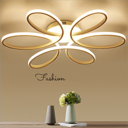 $enCountryForm.capitalKeyWord Australia - Acrylic modern flower shape chandelier Simple style Indoor home decoration Fashion LED Pendant Lamps led Ceiling lamp