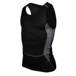 T-shirt sportiva Fitness da uomo a asciugatura rapida Compressione senza maniche Camicia attillata traspirante 2018 New Hot in Offerta