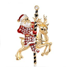 fashion brooches pins white rhinestone santa claus mount gold deer pins for men christmas decoration jewelry discount christmas white deer decoration